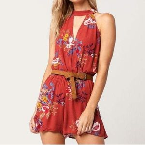 Pants - Floral Key hole Romper